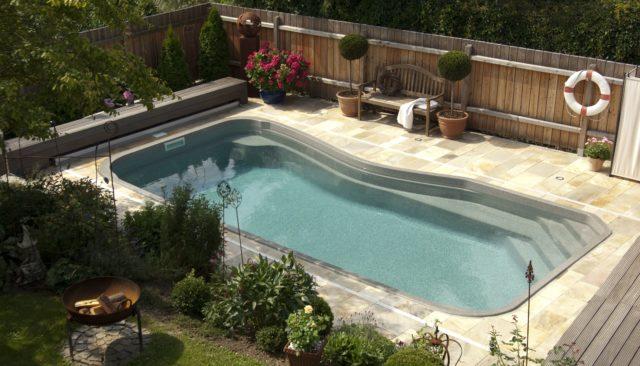 kims-gmbh-compass-pools-ceramic-carbon-pool-schwimmbecken-sachsen-dresden-cottbus-bautzen-1